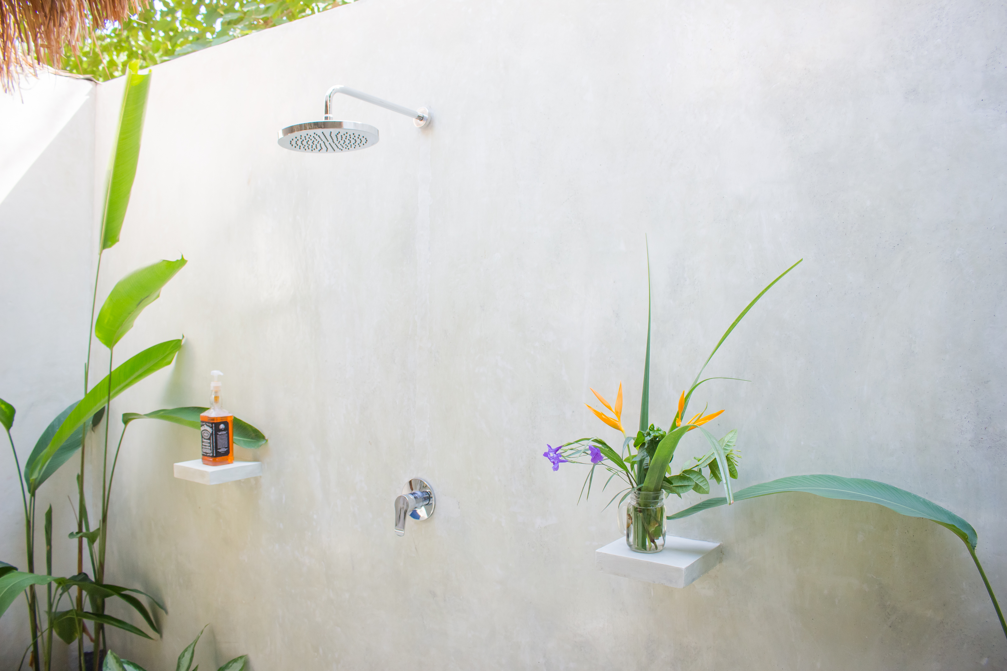 Semi Open Air Bathroom with Fresh Hot & Cold Water Villa Nangka