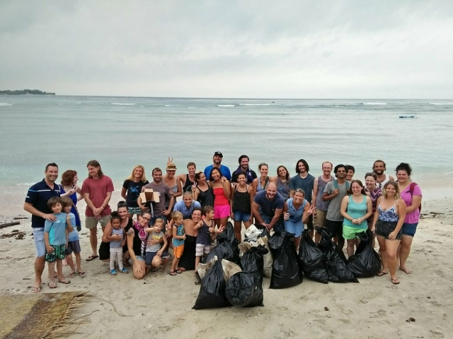 Beach Clean Up Gili Air